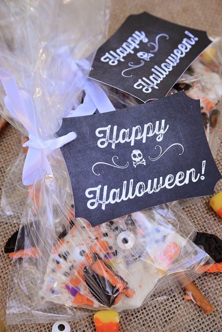 Halloween Treat Ideas   Chalk Art Treat Bags