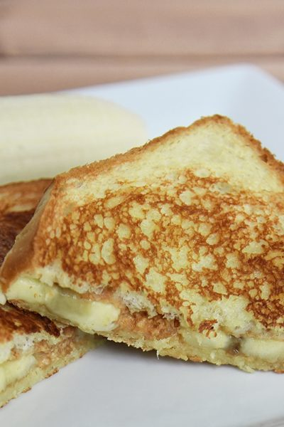 Grilled-Peanut-Butter-and-Banana-Sandwich