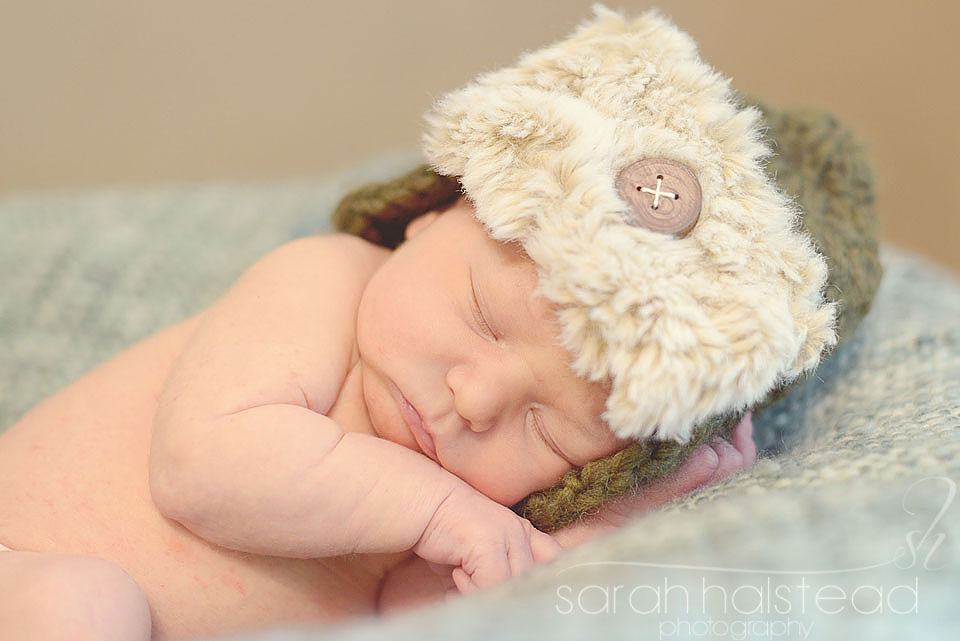 Newborn Posing Course by Kelly Brown
