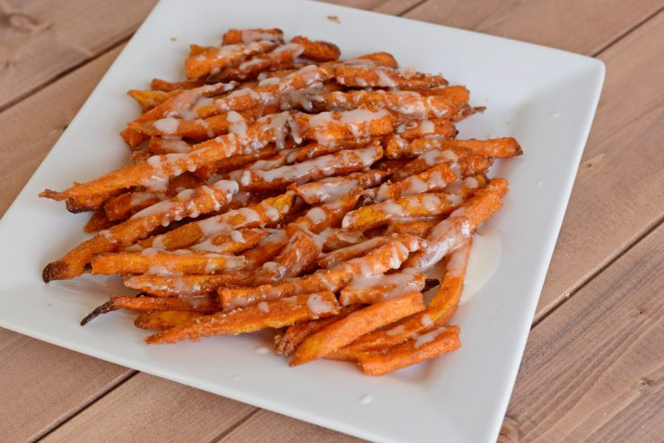 French Fry Recipes for Game Time - Cinnamon Sugar Sweet Potato Fries with Vanilla Glaze | #ad #CollectiveBias #GameTimeGrub